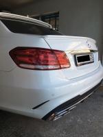 Спойлер на Mercedes w212 AMG (с выемкой под знак)