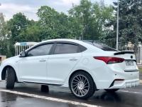 Накладки на пороги на Hyundai Solaris 2