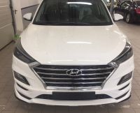 Накладка на передний бампер на Hyundai Tucson 2019